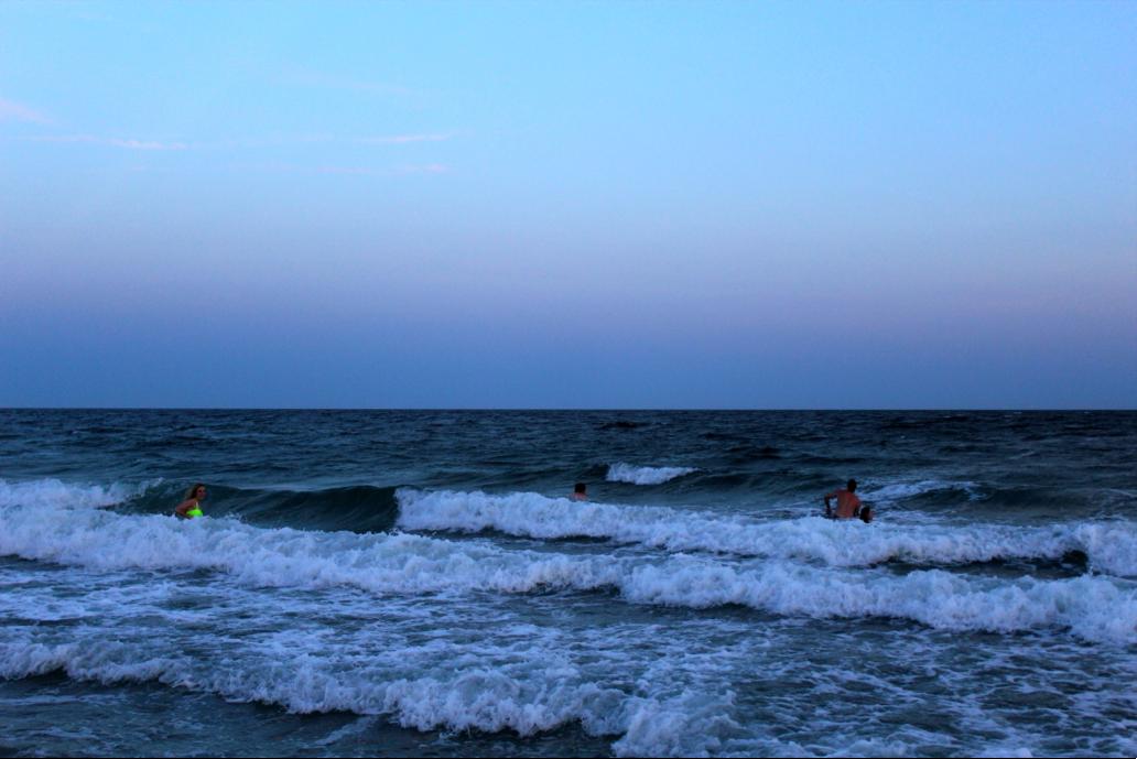 BeachSunsetSwim11